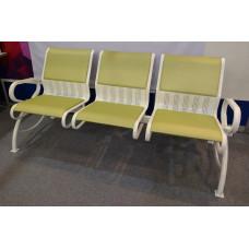 Секция стульев с мягкими вставками и подлокотниками С4.39.01-01